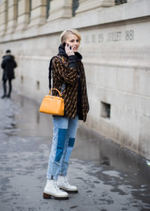 Street Style : Paris Fashion Week Womenswear Fall/Winter 2018/2019 : Day Four