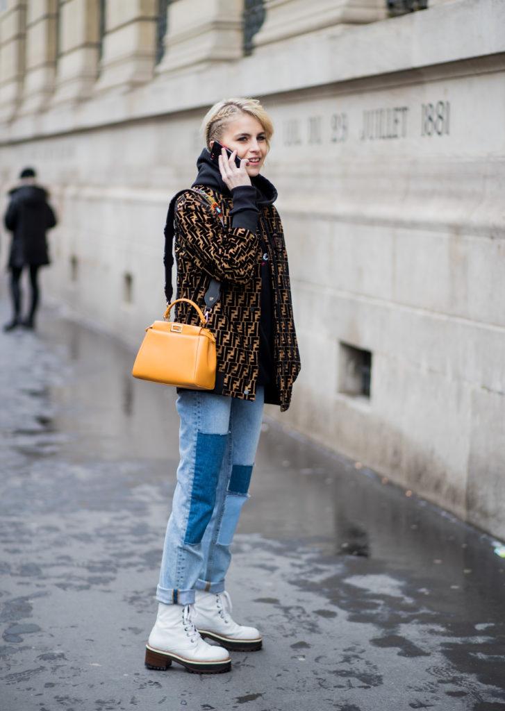 56b578609d7 Street Style : Paris Fashion Week Womenswear Fall/Winter 2018/2019 : Day  Four - GLAM-O-METER
